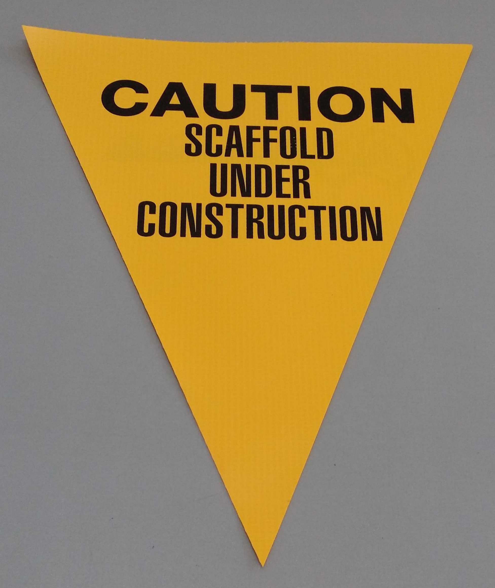 Caution Scaffold Under Construction (yellow)