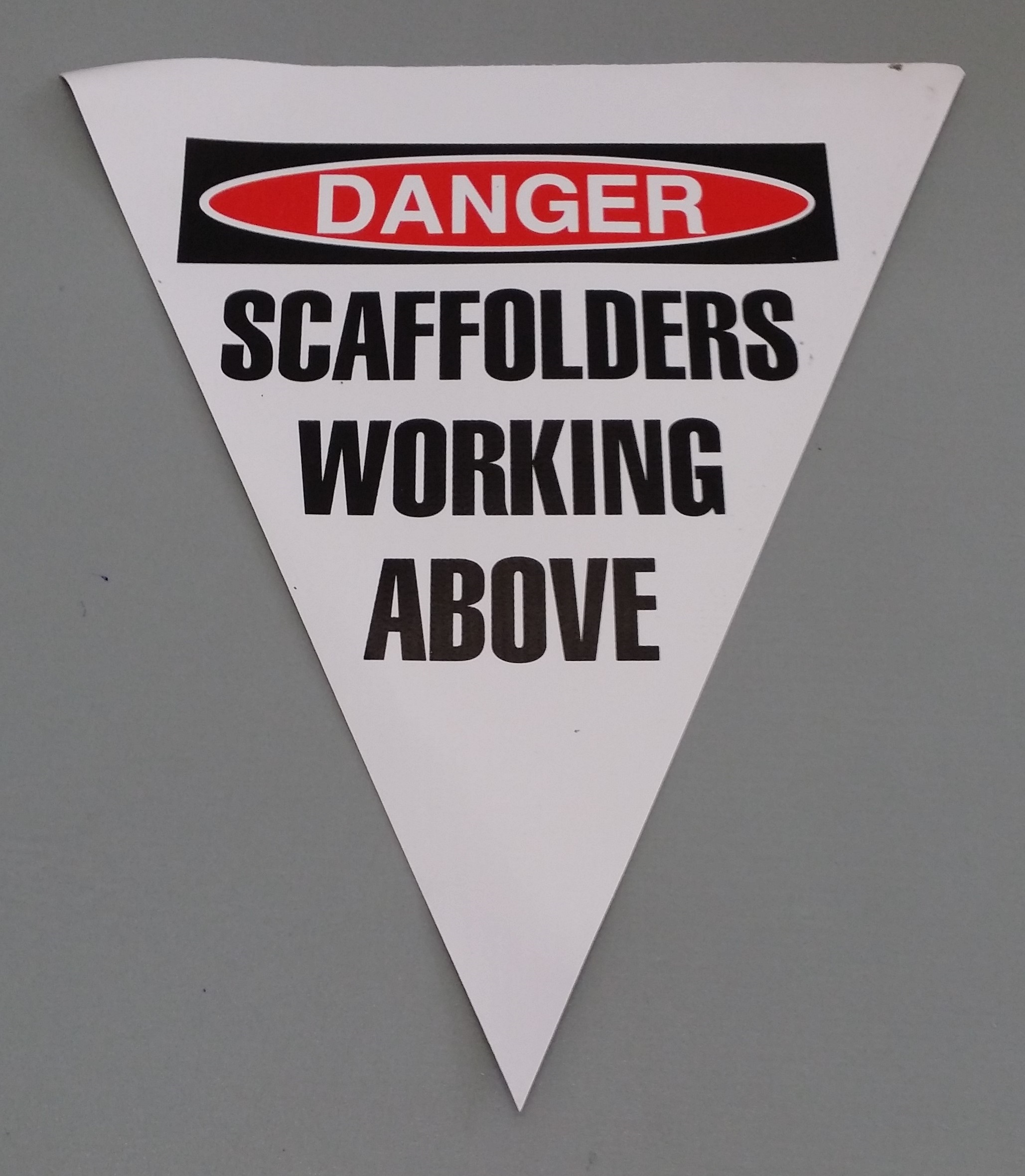 Danger Scaffolders Working Above (white)